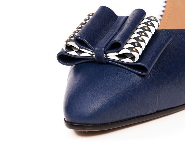 Mastra Ma' - Anna royal blue high heel with bow, studs, heart and diamond pattern - detail