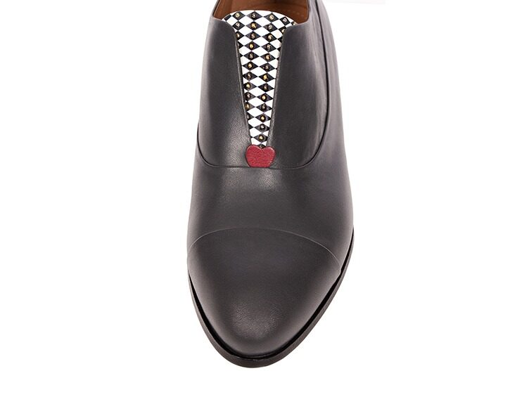 Mastra Ma' - Rosalba oxford shoe in grey with memory foam, diamond pattern and studs
